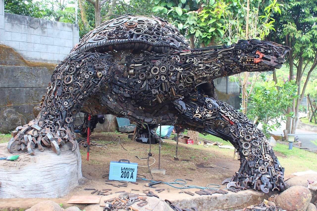 Indonesian artist Ono Gaf