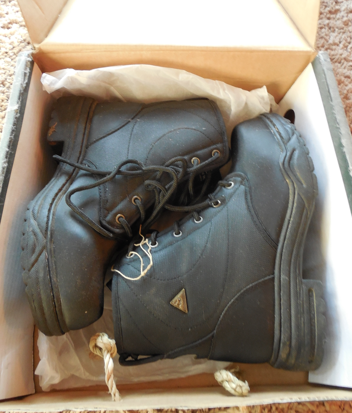 This is the boot that replaced my favorites... I tried.  Here is a new pair, still in the box.