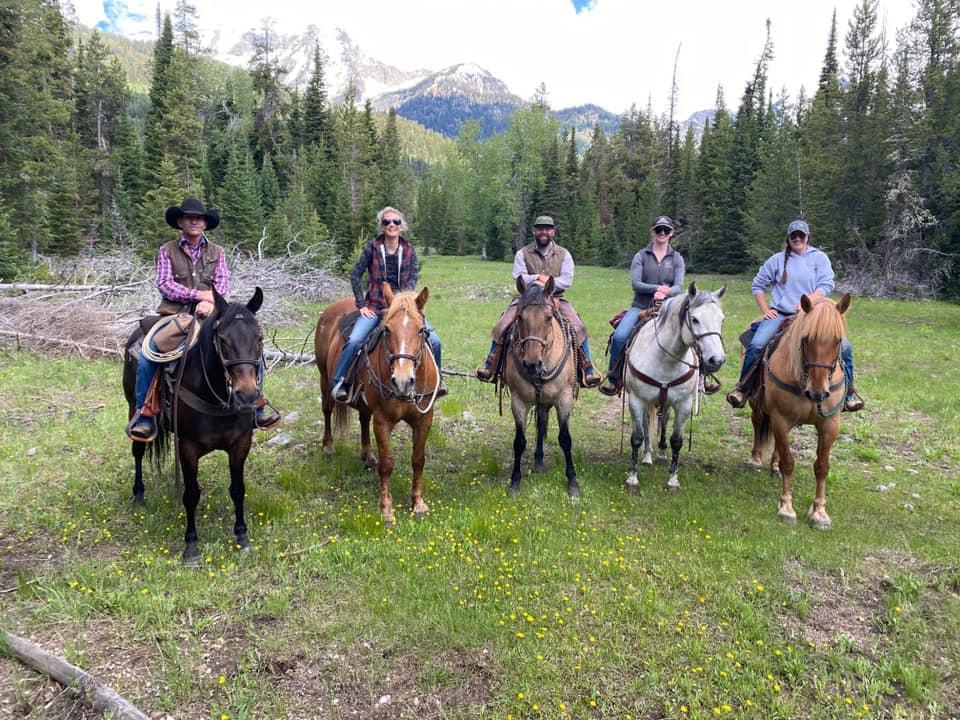Nossa viagem anual a Wyoming e ao R Lazy S Ranch - foi cancelada. Mas eu tenho essas fotos frescas! 2