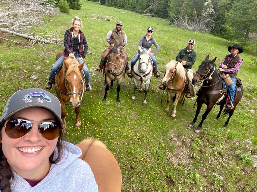 Nossa viagem anual a Wyoming e ao R Lazy S Ranch - foi cancelada. Mas eu tenho essas fotos frescas! 3