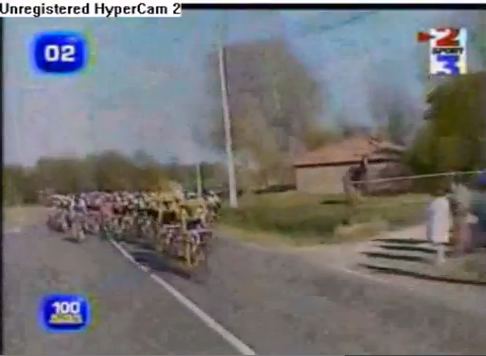 Click image to watch the video of the horse who joined the 2007 Tour de France!