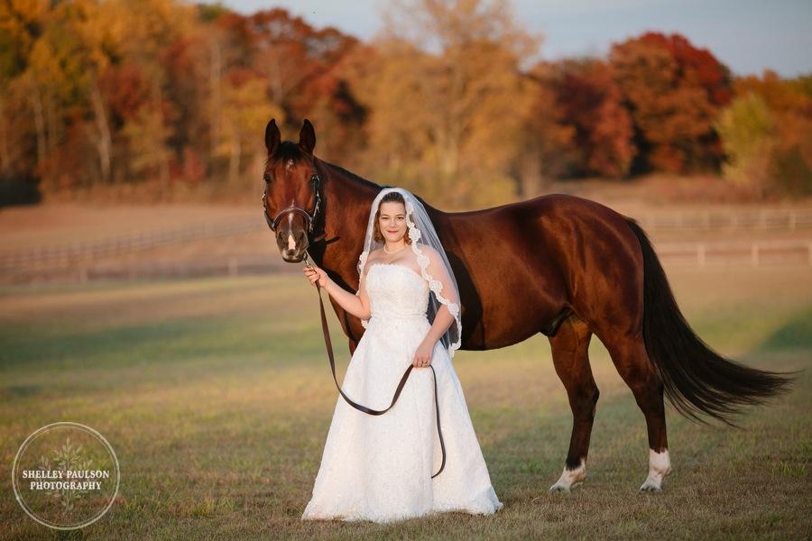 bride-horse-portraits-08